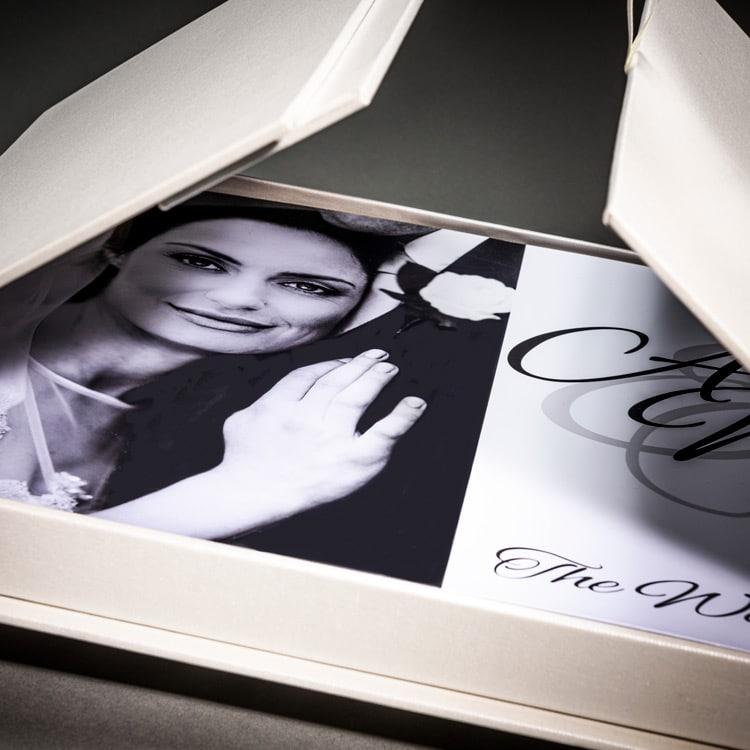 Exquisite wedding photo album